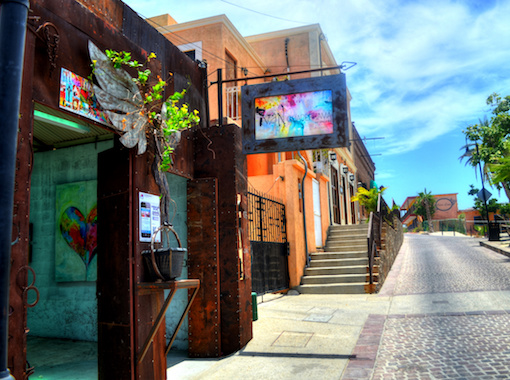 Enjoy Art Walk on vacation all inclusive in Los Cabos
