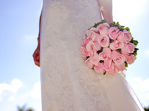 Use Local Flowers During Destination Wedding