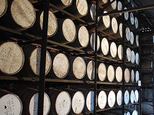 Jamaican rum, Rum provisions, American Revolution, Rum taste, Rum Barrels