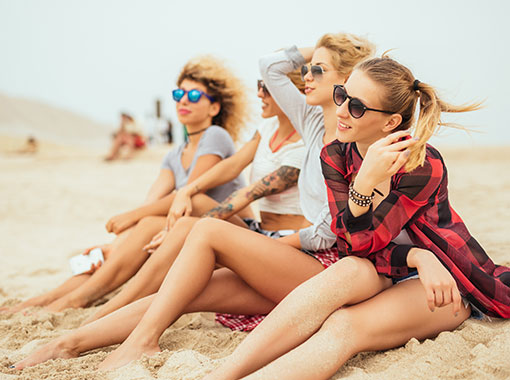 Friends enjoying the Caribbean Beach