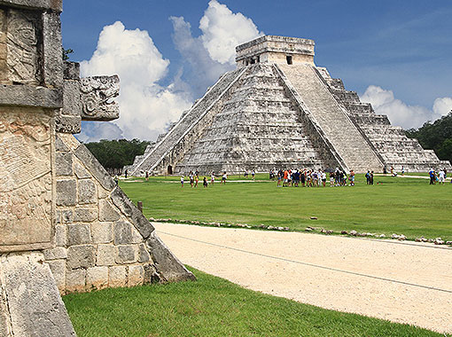 Mayan Temple in Chichen Itza